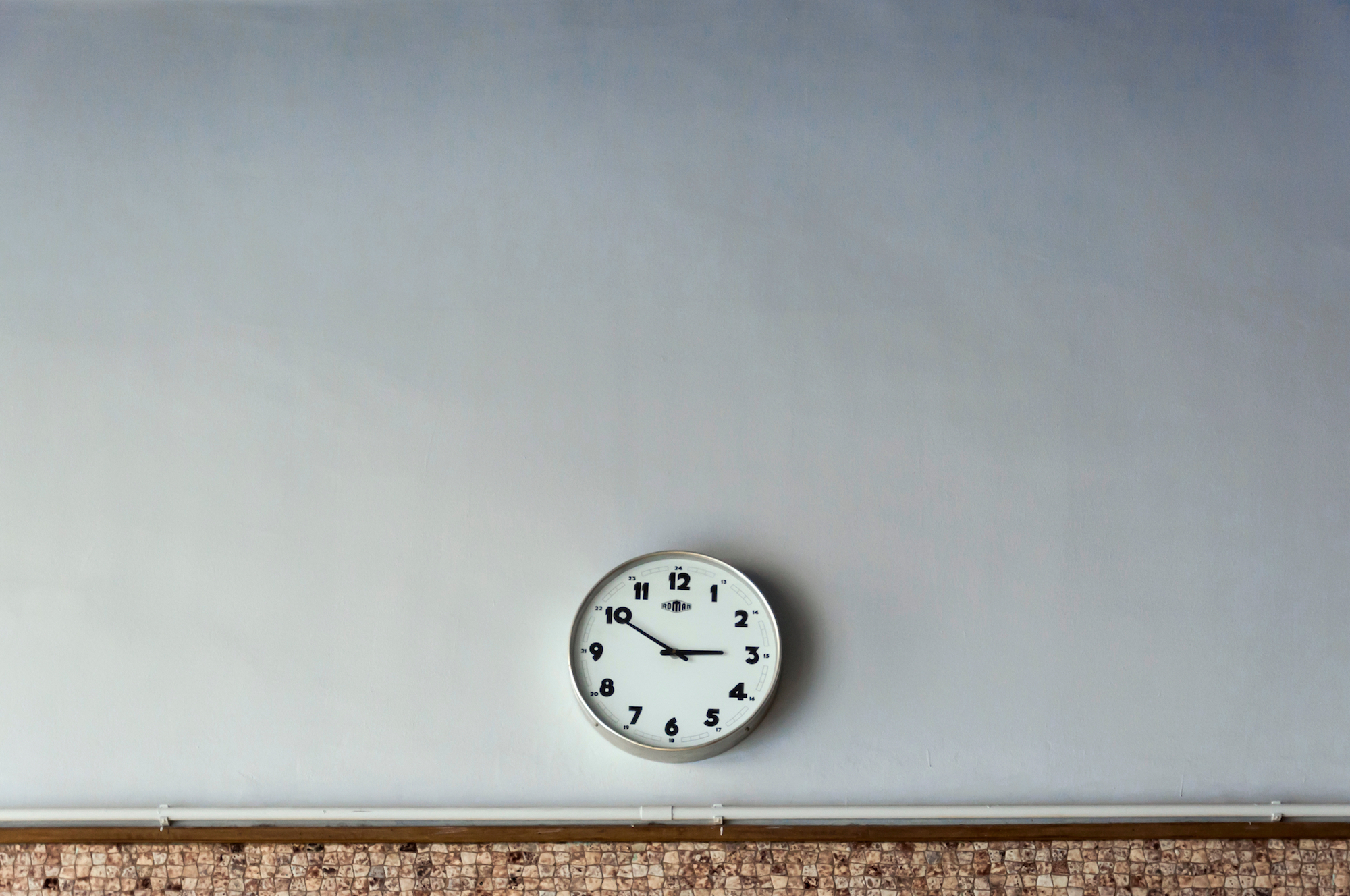 Should You Hire Customer Service Agents in Different Time Zones?